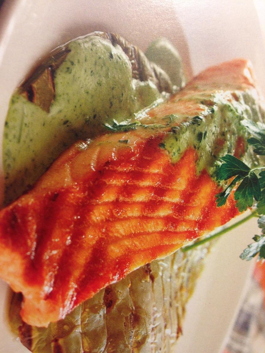 salmón con salsa de cilantro
