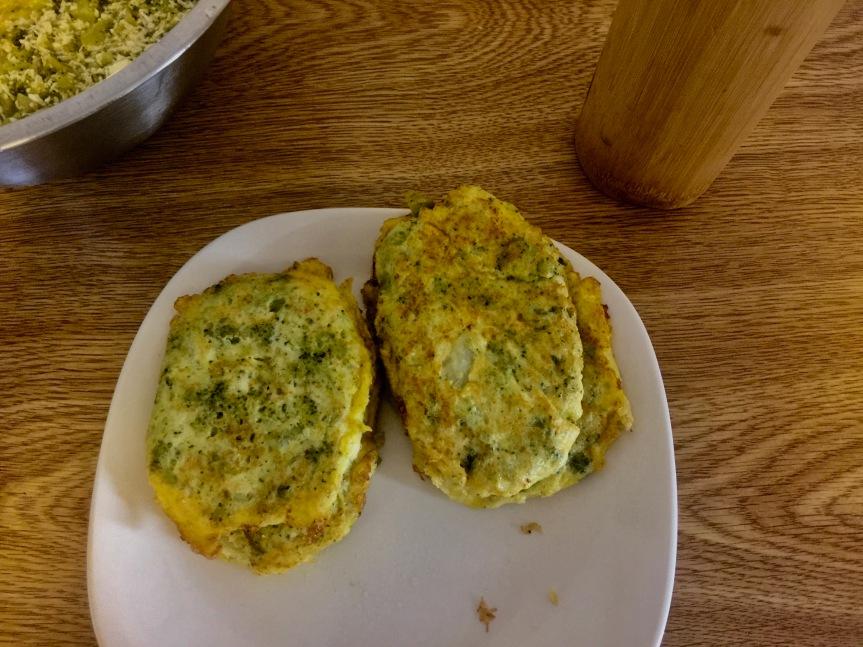 Tortitas de brócoli con quesopanela
